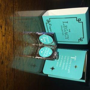 Gratitude picture locket with Swarovski Crystal